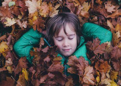 Help kinderen in armoede om te ontspannen met workshops op maat.